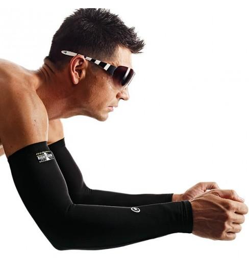 ASSOS Evo7 arm warmers