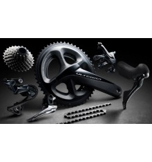 SHIMANO Ultegra R8000 11 Speed Groupset -  Medium Cage Rear Derailleur