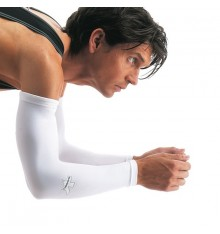 Assos Armwarmers against UV white