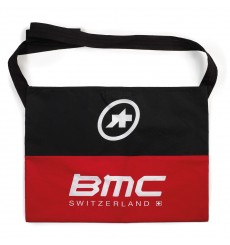 BMC RACING TEAM musette par Assos 2017